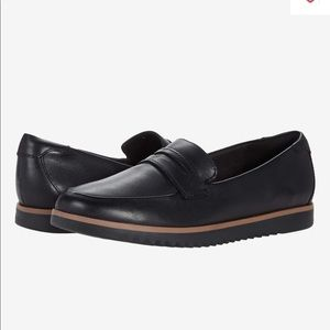 Collection by Clarks Aubergine Loafers Size 5.5M